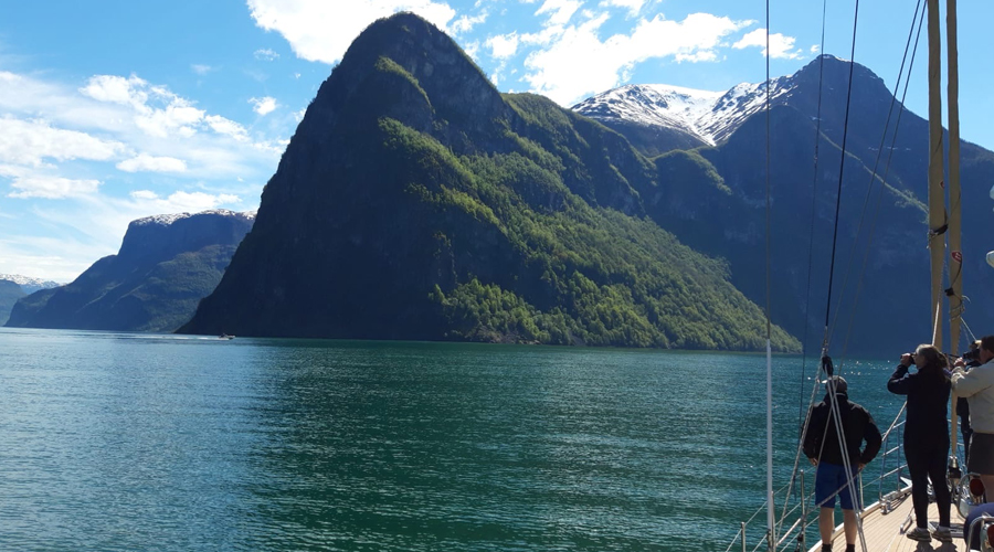 Book Your Luxury Lofoten Sailing Adventure