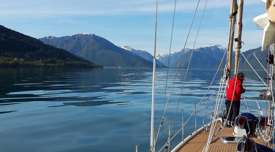 Luxury Yacht Santosa Reaches Norwegian Waters