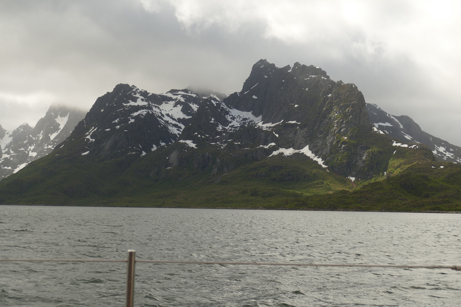 Santosa Sails To Steep Fjord Walls And There's Time To Make A Snowman