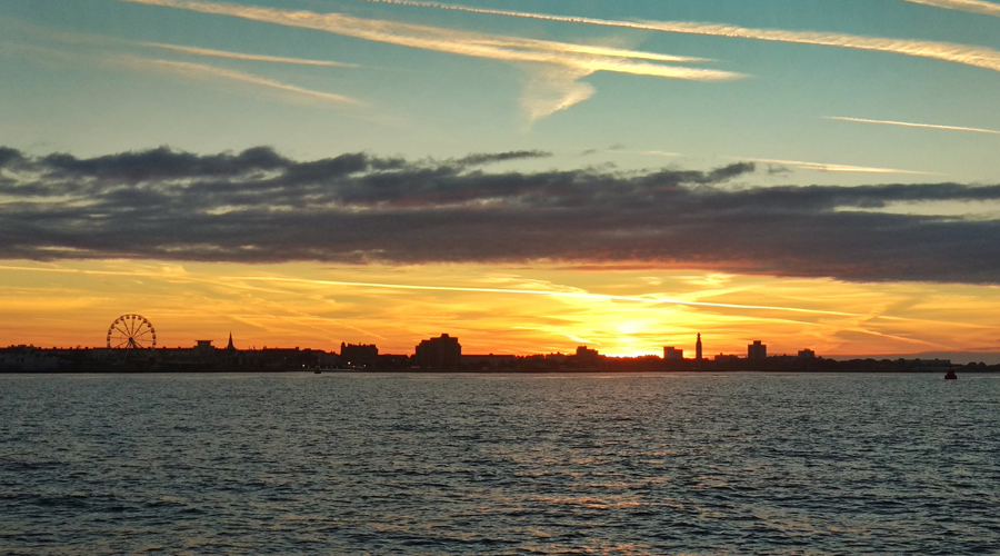 Sunsets - The Benefits of Autumn Sailing On The Solent