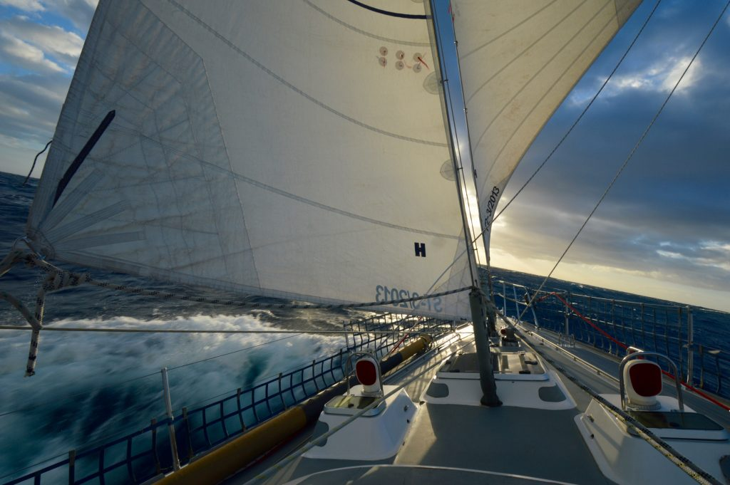 Sailing downwind with 2 headsails